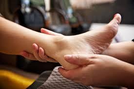 carte-cadeau-beaute-des-pieds-pedicure-massage
